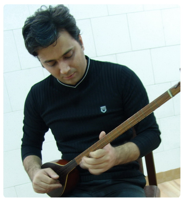 سایت رسمی مجید اخشابی www.majidakhshabi.com مجید اخشابی عکس و پوستر مجید اخشابی majidakhshabi ax poster ، مجید اخشابی، چهارم مرداد 90