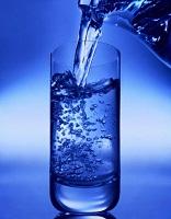 تغذيه: چرا بايد به مقدار زياد آب بنوشيم؟